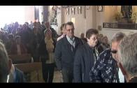 El alcalde cumple con la tradición y acompaña al Cristo de Medinaceli en su solemne Besapié