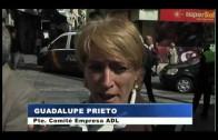 Trabajadores de ADL se concentran en el Ayuntamiento para reclamar la paga extra de marzo