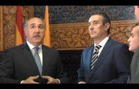 Alcalde y director general de CaixaBank analizan programas sociales y culturales