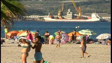 La Delegación de Educación prepara actividades en la playa del Rinconcillo