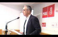 """El PSOE acoge una charla sobre """"Algeciras, Ciudad Educadora"""""""