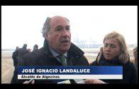 El alcalde supervisa el estado de las playas tras el temporal