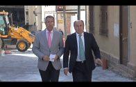 El alcalde supervisa la marcha de las obras de la calle Comandante Gómez Ortega