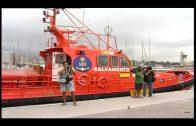 Rescatados cinco subsaharianos en una embarcación a remo a siete millas de Tarifa