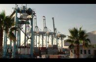 Tranquilidad en el Puerto durante la primera jornada de huelga de la estiba