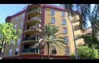 Una mujer es agredida por su marido que se suicida tirándose por el balcón de su vivienda