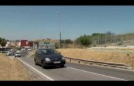 """Continúan los trabajos de limpieza y desbroce en la barriada de Los Toreros y Carretera de """"Los Yanquis"""""""