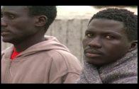 Trasladados al puerto de Tarifa nueve inmigrantes subsaharianos rescatados de una patera
