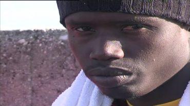 19 inmigrantes rescatados en aguas del Estrecho