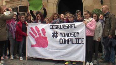 Acto institucional y cursos y talleres contra la violencia de género