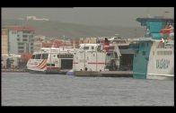 El puerto de Tarifa cerrado toda la mañana y el de Algeciras recupera las salidas a Ceuta y Tánger