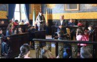 Landaluce recibe a los alumnos del CEIP San Bernardo en su visita al ayuntamiento