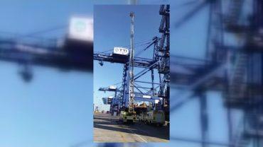 Los bomberos realizan un simulacro en la terminal de TTI Algeciras