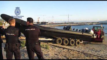 La Policía interviene 5 lanchas con motores de alta cilindrada y 2.200 litros de combustible