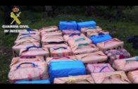 Intervenidas unas 2,5 toneladas de hachís en una embarcación cerca de la costa de Tarifa