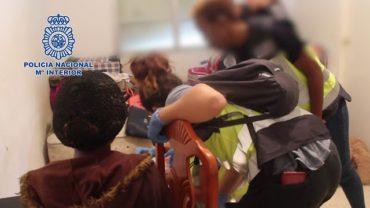 Liberan a diez mujeres prostituidas en Málaga y detiene a 15 personas