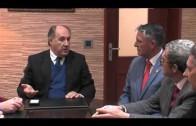 El alcalde recibe a la Junta de Gobierno de la Cofradía del Santo Entierro, antes de su renovación