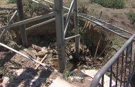 IU denuncia el peligro que supone un gran socavón en una torre eléctrica