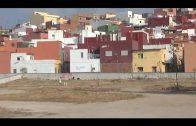 El Ayuntamiento desbroza y limpia la parcela existente en la Huerta Siles
