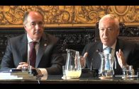 García-Margallo visita el Ayuntamiento de Algeciras