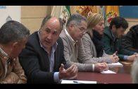 El alcalde reitera su más absoluto apoyo a la estiba y pide un esfuerzo a todas las partes