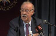 Vicente del Bosque defiende en la UNED los valores en el deporte y en la vida