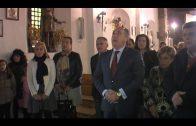 Cientos de fieles participan en el besapié del Medinaceli