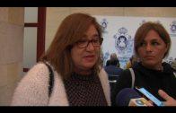 El alcalde ofrece un local a Victoria Kent para que continúe desarrollando su labor social