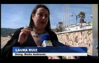 La delegación de Playas retira las piedras de Getares como paso previo a la regeneración de la misma