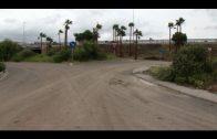 Algesa retira los escombros en la zona de Alamillos en el acceso al Parque de Bomberos