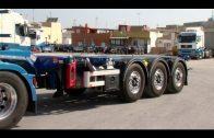 El alcalde visita las instalaciones de la empresa de transporte de contenedores Altransa