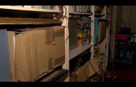 El PSOE denuncia la aparición de libros en un cuarto de limpieza en el edificio La Escuela