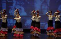 """La academia de baile """"Danzares"""" celebra su muestra de fin de curso en el Teatro Florida"""