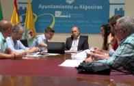 El alcalde estudia con los técnicos municipales los ejes del Plan Director Comercial del Barrio de la Caridad