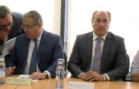 El Ministro de Interior comprueba in situ el desarrollo de la OPE en Algeciras.