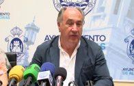 Landaluce traslada a los tarifeños el pesar por las trágicas consecuencias del accidente