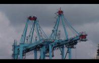 El volumen de tráfico de mercancías desciendo casi un 5% en el Puerto de Algeciras