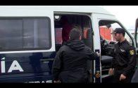 Rescatados tres cadáveres en el Estrecho, donde continúa la búsqueda de más inmigrantes