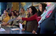 El alcalde entrega los diplomas del programa CLARA de inserción laboral para mujeres