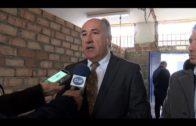 El alcalde visita las obras de los vestuarios del Enrique Talavera