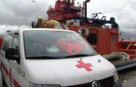 Rescatadas cuatro personas de una patera en aguas de Tarifa
