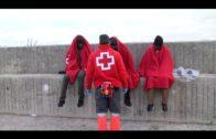 Rescatados tres migrantes de una embarcación inflable en aguas de Algeciras