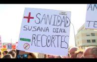 Vecinos de Algeciras se concentran en la zona del atropello mortal del pasado viernes