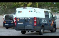 La Policía Nacional detiene a un hombre por amenazar de muerte a su madre con una pistola