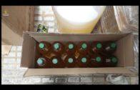 """El SEPRONA investiga a una persona por elaborar y etiquetar falso aceite de oliva """"virgen extra""""."""
