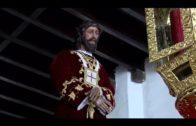 Landaluce entrega al Cristo de Medinaceli el Bastón de Mando de la ciudad para su procesión