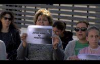 Laura Ruiz apoya a los padres del colegio Virgen de la Esperanza  en sus protestas