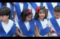 """Alumnos de la Escuela Infantil """"Gloria Fuertes"""" de El Saladillo reciben sus becas"""