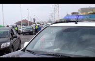 Apedrean coches policiales y una ambulancia en La Línea tras una persecución