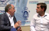 El alcalde renueva su compromiso con el Algeciras Club de Fútbol retirando el carnét de socio abonado